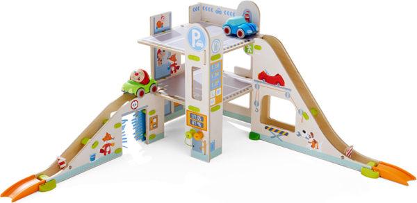 KUBU - Parking Garage (cars)